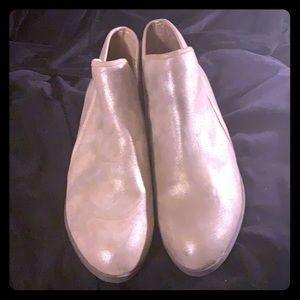 Gold bootie/wooden heel NWOT 10W fits like an 11M